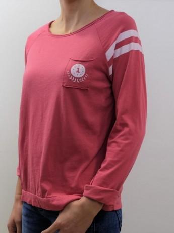 Camiseta de mujer manga larga detalle manga y bolsillo