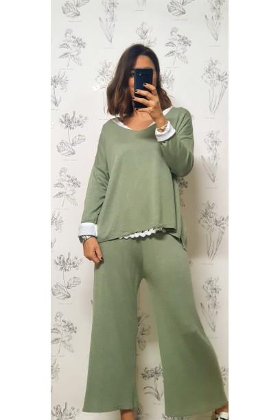 pantalón de punto fino con goma en la cintura verde