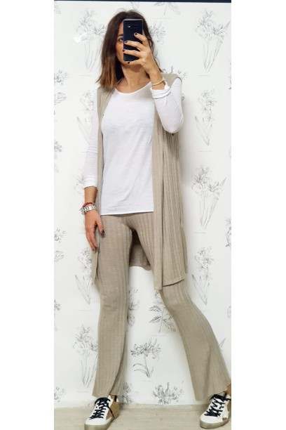 pantalones de punto tipo canalé camel