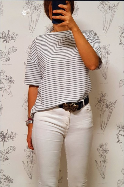 Camiseta de rayas  manga corta cuello caja gris