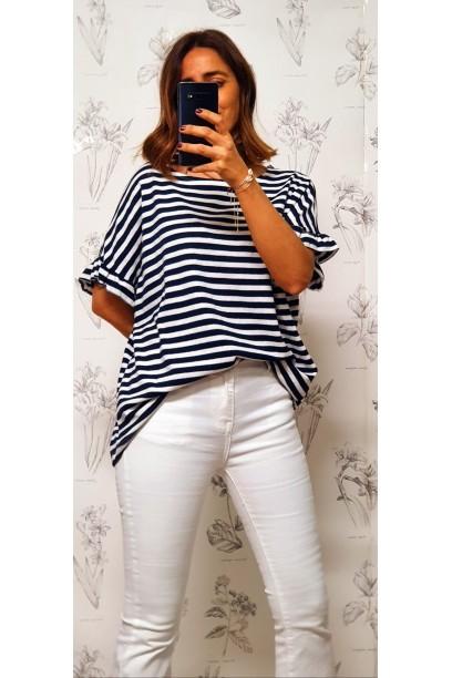 Camiseta de punto oversize con volante en la manga azul marino