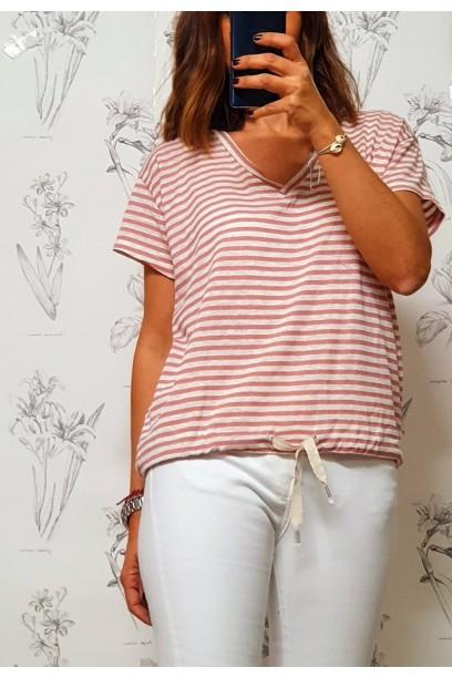 Camiseta de rayas cuello pico rosa