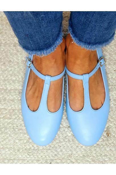 Merceditas de piel azul