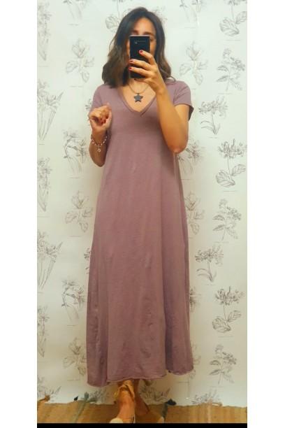 Vestido largo cuello pico lila