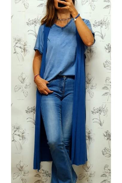 Camiseta oversize cuello pico azul