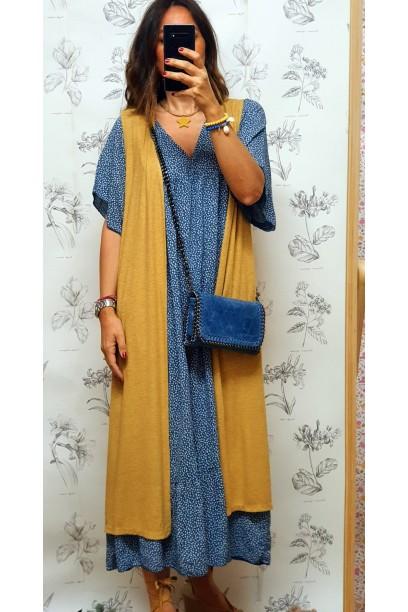 Vestido oversize azul con flores liberty