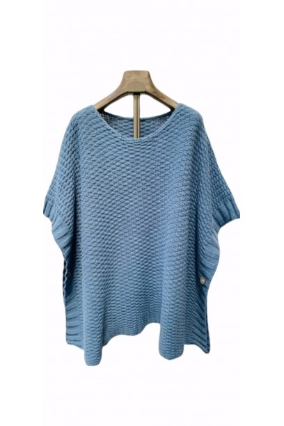 jersey tipo poncho azul